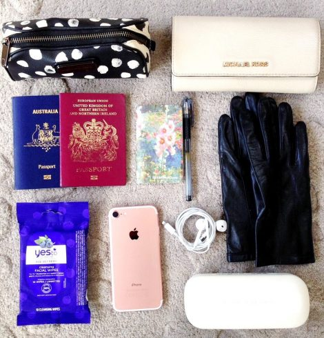 In My Bag : Bag Essentials To Be Effortlessly Flawless At All Times