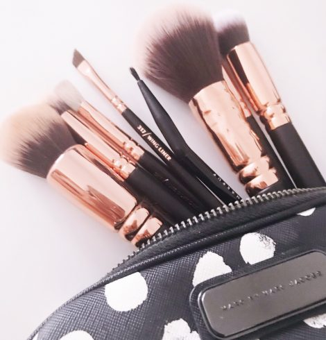 How To Wash Your Make Up Brushes (And Not Have To Wait Days For Them To Dry)